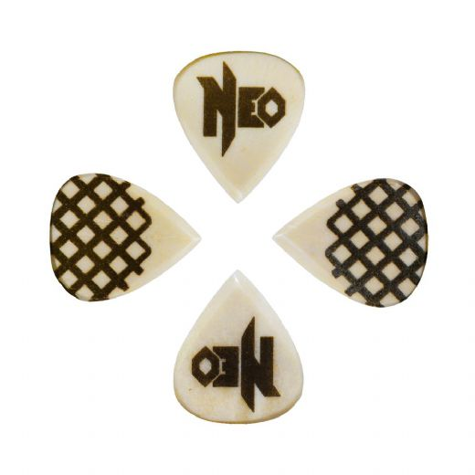 Neo Geo Fanatic Buffalo Bone 4 Signature Guitar Picks